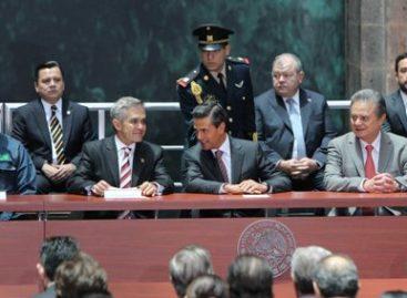 Inauguran Mancera Espinosa y Peña Nieto red eléctrica subterránea del Centro Histórico del DF