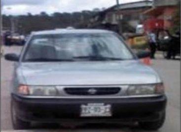Asegura Policía Estatal cuatro vehículos con reporte de robo; dos detenidos