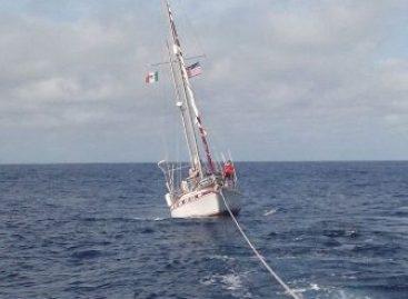 Presta Armada de México dos apoyos de remolque para salvaguarda de la vida humana en la mar