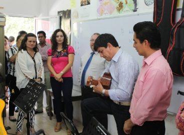 Conoce alcalde chileno política social implementada por el DIF municipal en beneficio de oaxaqueños