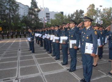Ceremonia de graduación de la Escuela Médico Militar y de la Escuela Militar de Odontología