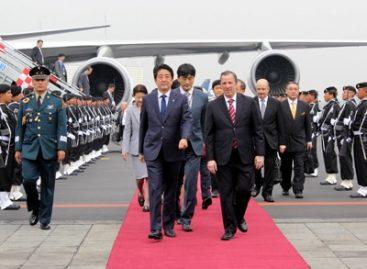 Inicia primer Ministro de Japón, Shinzo Abe, visita oficial a México