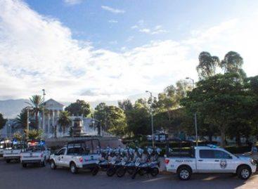 Equipa gobierno de Oaxaca a Policía Vial con nuevo parque vehicular