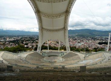 Entrega Secretaría de Administración a la de Turismo de Oaxaca operación del auditorio Guelaguetza