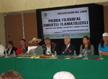 """Presentan el libro """"Piedra Filosofal – Amoxtli Tlamatiliztli o Libro del Conocimiento"""""""