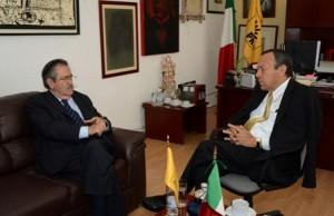 Embajador de Chile en México - líde nacional perredista