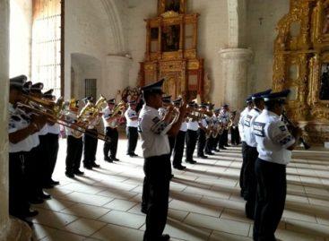 Ofrece concierto Banda de Música de la Policía Estatal en Yanhuitlán, Oaxaca