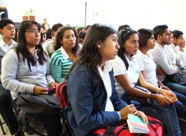 Promueve Universidad Tecnológica de Oaxaca oferta educativa para estudiar en el extranjero
