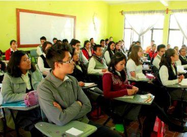 Con beca de Oportunidades 450 mil alumnos en el ciclo escolar 2014-2015