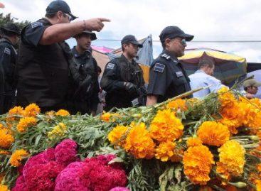 Refuerzan recorridos de seguridad en mercados y panteones municipales de Oaxaca