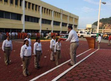 Realiza Pemex acto cívico en la Terminal Marítima de Salina Cruz, Oaxaca