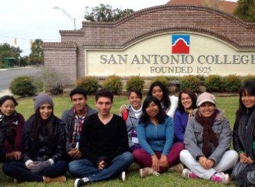 Capacitan en el extranjero a docentes de la Universidad Tecnológica de Valles Centrales de Oaxaca