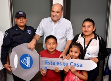 Brinda Ayuntamiento de Oaxaca oportunidad de formar un patrimonio a policías municipales