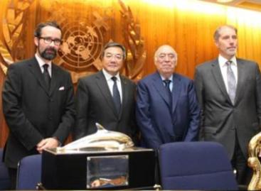 Recibe jurista mexicano, José Eusebio Salgado y Salgado, Premio Marítimo Internacional 2013