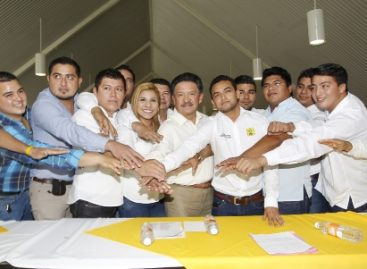Instala PRD comando electoral con miras a próximas elecciones en Tabasco