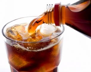 Recomiendan bebidas naturales
