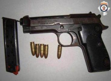 Por violar Ley Federal de Uso de Armas de Fuego y Explosivos fue detenido sujeto en la Costa de Oaxaca
