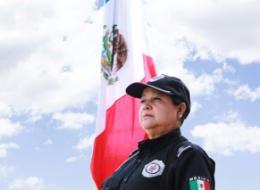 Mujeres policías dedicadas a proteger, servir y hacer cumplir la ley