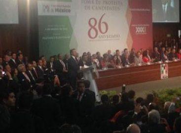 Toma PRI protesta a sus nueve candidatos a gobernadores y a diputados federales