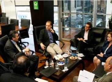 Acuerdan ombudsman nacional y expertos de la CIDH mantener comunicación abierta y permanente