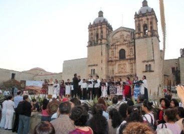 Inician festejos por el 483 aniversario de la ciudad de Oaxaca, Repican las campanas de Santo Domingo
