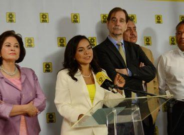 Entrega PRD a la PGR lista de candidatos a presidentes municipales en Guerrero