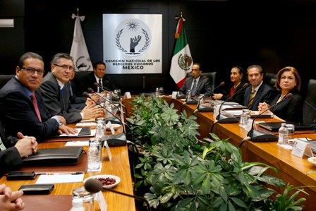 Reunión en las oficinas de la CNDH