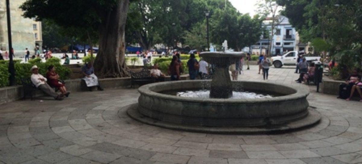 Rehabilita municipio de Oaxaca fuentes y monumentos históricos
