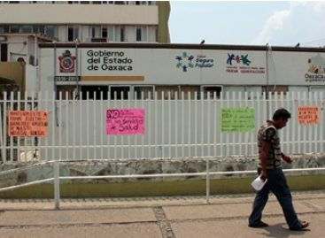 Emite Defensoría alerta temprana por paro de labores de empleados de salud en Oaxaca