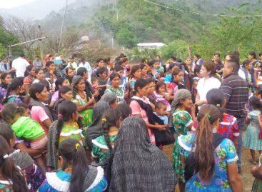 Legislaré para dignificar a las madres solteras de Piedra Grande: Gabriela Olvera
