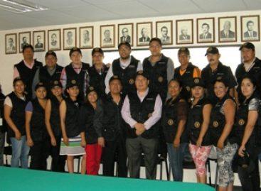 Entrega procurador de Oaxaca uniformes tácticos a personal de la SADAI