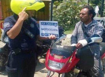 """Implementan Operativo de Concientización """"Casco-Placa"""" a motociclistas en Oaxaca"""