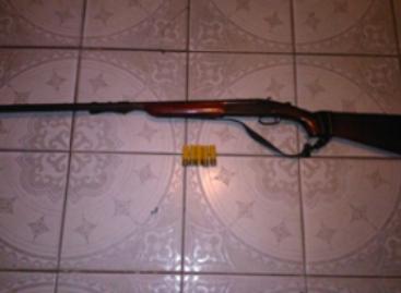 Detenidas tres personas por portación de armas de fuego sin licencia en la Costa y la Cuenca