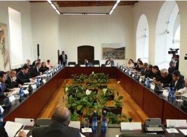 Atienden secretarios de Gobernación y de Relaciones Exteriores tema migratorio con integrantes de la CEM