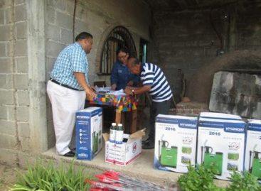 Entregan Ayuntamiento de Juchitán, Oaxaca, y Sagarpa agro incentivos a productores