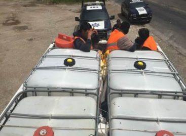 Auxilia Policía Federal a 30 migrantes en Chiapas; Detiene a la persona que los trasladaba