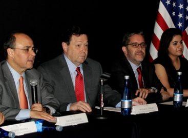 Despiden a segunda generación del programa SEP-Bécalos-Santander Universidades
