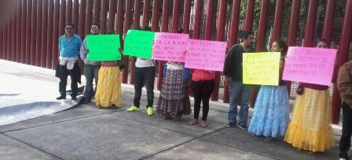 Inician huelga de hambre mujeres oaxaqueñas; Exigen nuevas elecciones en Juchitán