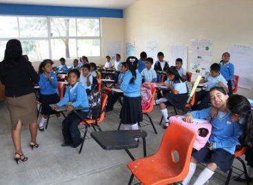 Sin distingo de ideologías, mejoran infraestructura educativa en San Martín Mexicapam, Oaxaca