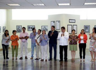 """""""Migrantes"""", exposición fotográfica en el Congreso de Oaxaca"""