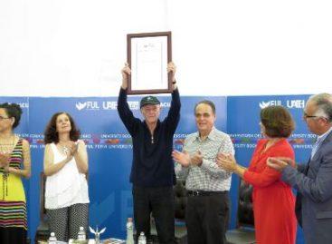 Poesía y narraciones al servicio del sutil don de la conciencia con Saúl Ibargoyen