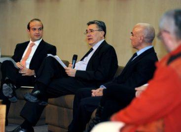 Hablar de paz, seguridad, confianza y desarrollo implica el respeto a los derechos humanos: González Pérez