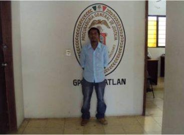 Aprehenden a tres habitantes de Texcatltlán, Oaxaca, por privación ilegal de su presidente Municipal