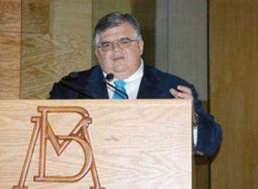 Baja histórica del nivel inflacionario, destaca Agustín Carstens en publicación del IBD