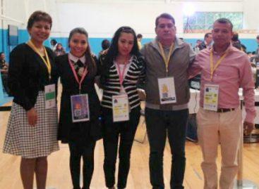 Participan Cívicos en Congreso Nacional Extraordinario del PRD