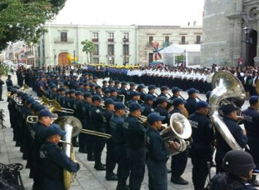 Rinden honores integrantes de la Secretaría de Seguridad Pública de Oaxaca a los símbolos patrios