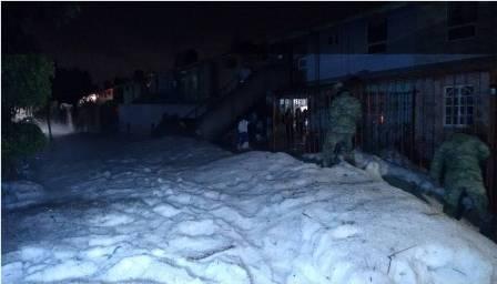 Lluvia y granizada afectan Coacalco y Ecatepec