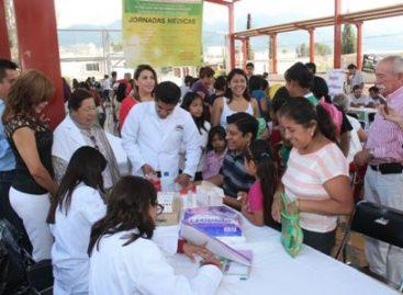 Con Jornadas Médicas, apoya Municipio de Oaxaca salud y economía de habitantes de la Agencia de Dolores