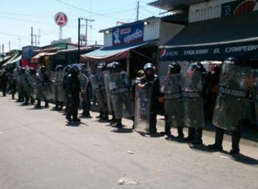 Retiró PGR del mercado informal 68 mil productos apócrifos en Oaxaca; Decomisan marihuana en autobús