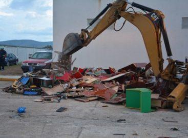 Destruye PGR-Oaxaca máquinas tragamonedas e incinera narcóticos